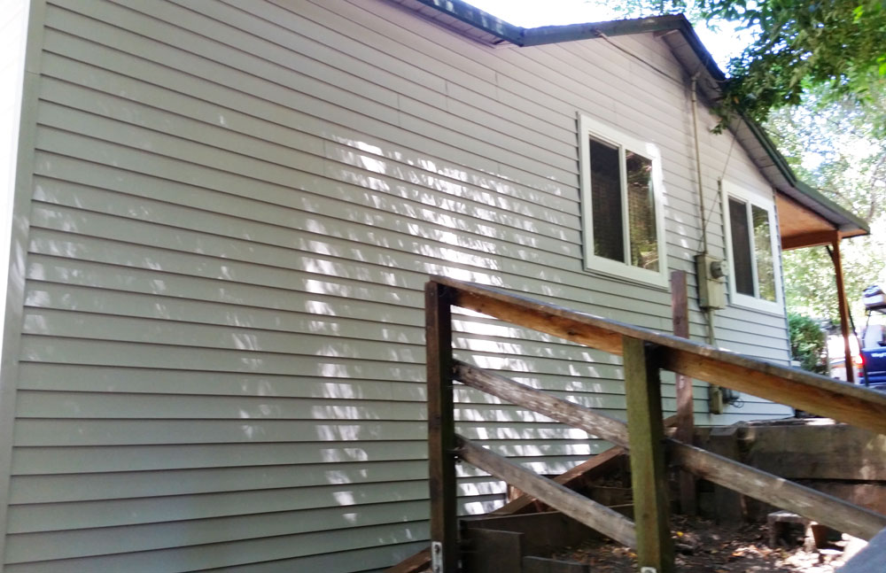 Vinyl-Siding-installation-in-Boulder-Creek-Home