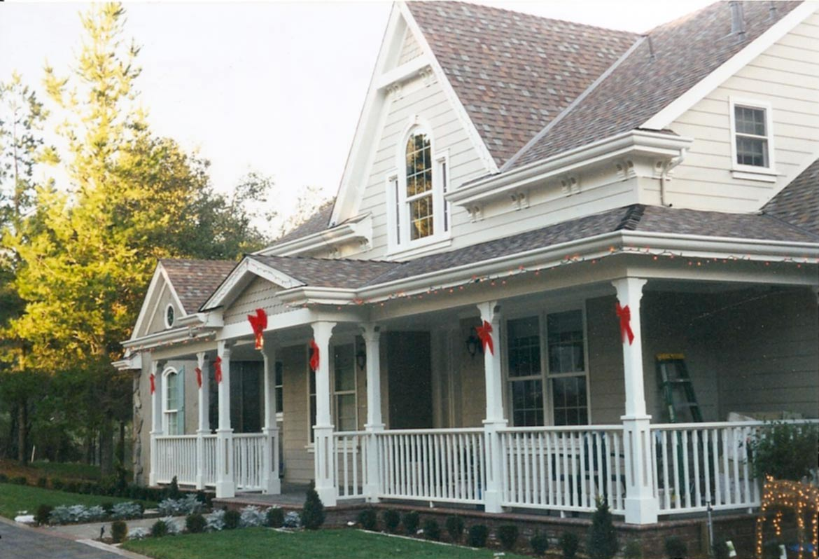 Siding-and-accessories-on-home