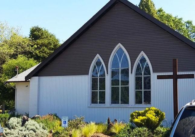 Santa-Cruz-Church-window-replacement